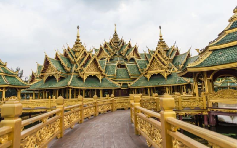 Exploring Bangkok's Old City Temples